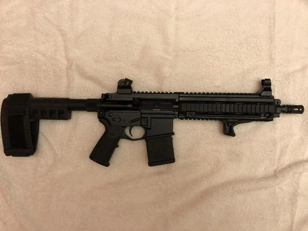 HK416 Pistol Right.jpg