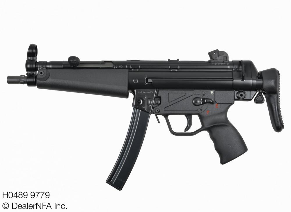 H0489_9779_Fleming_Firearms_HK_MP5 - 002@2x.jpg