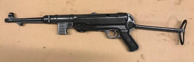 Hender. MP40-2.jpg