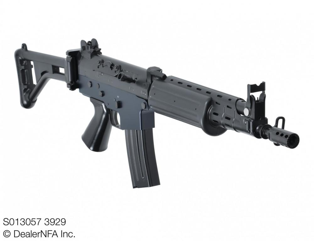S013057_3929_Fleming_Firearms_C_FN_FAL - 003@2x.jpg