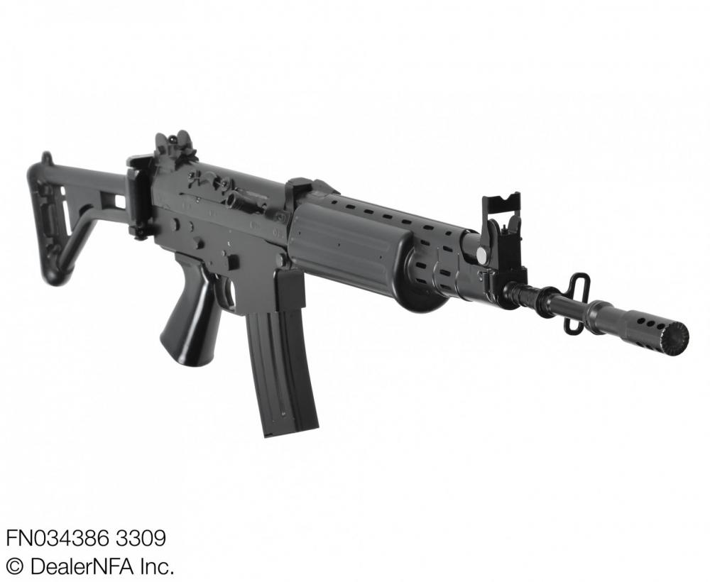 FN034386_3309_FNC_SH_Arms - 003@2x.jpg