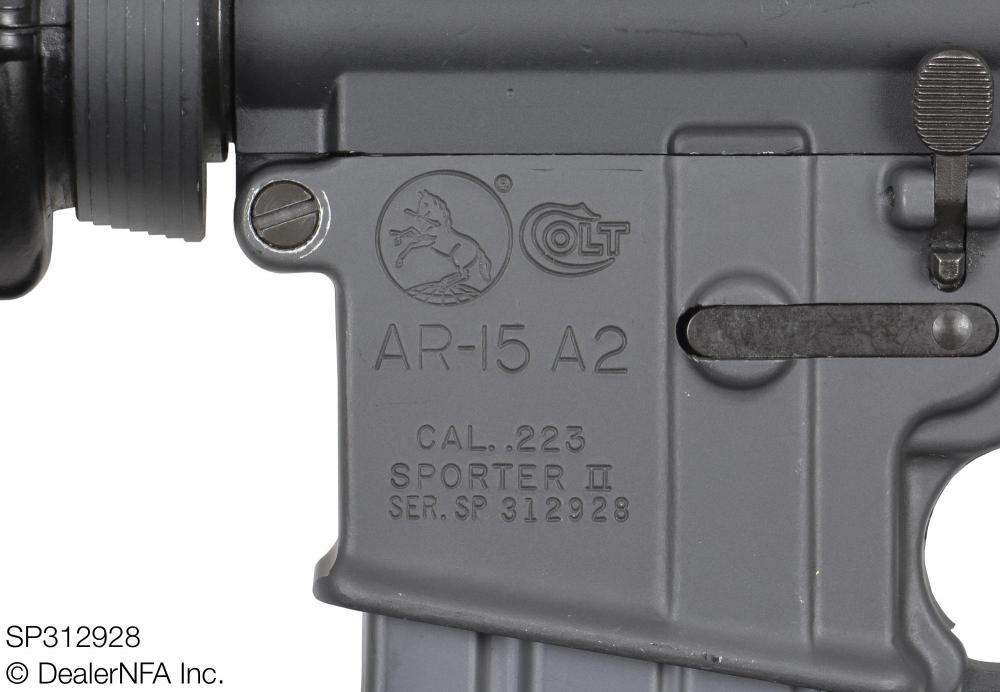 SP312928_Colt_AR15_Sporter_II - 009@2x.jpg