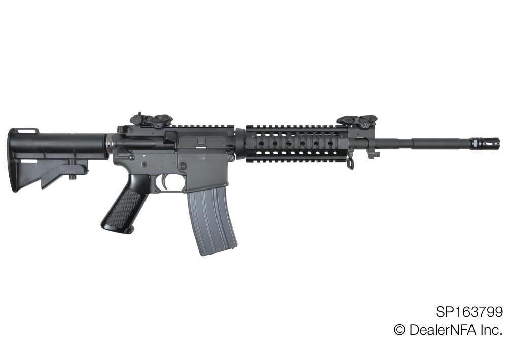 SP163799_Colt_AR15 - 001@2x.jpg