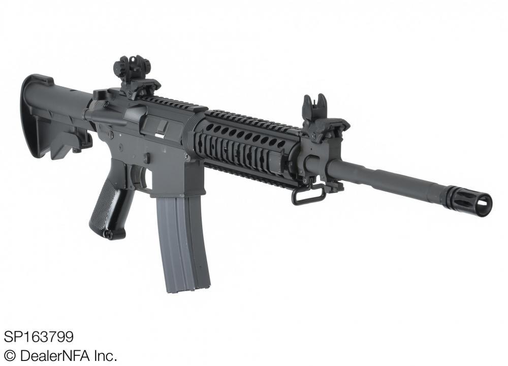 SP163799_Colt_AR15 - 003@2x.jpg