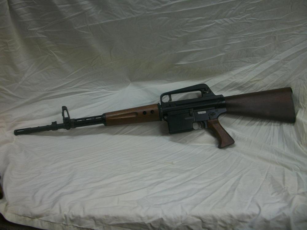AR-10-1.JPG
