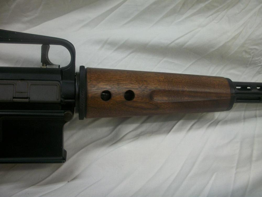 AR-10-11.JPG
