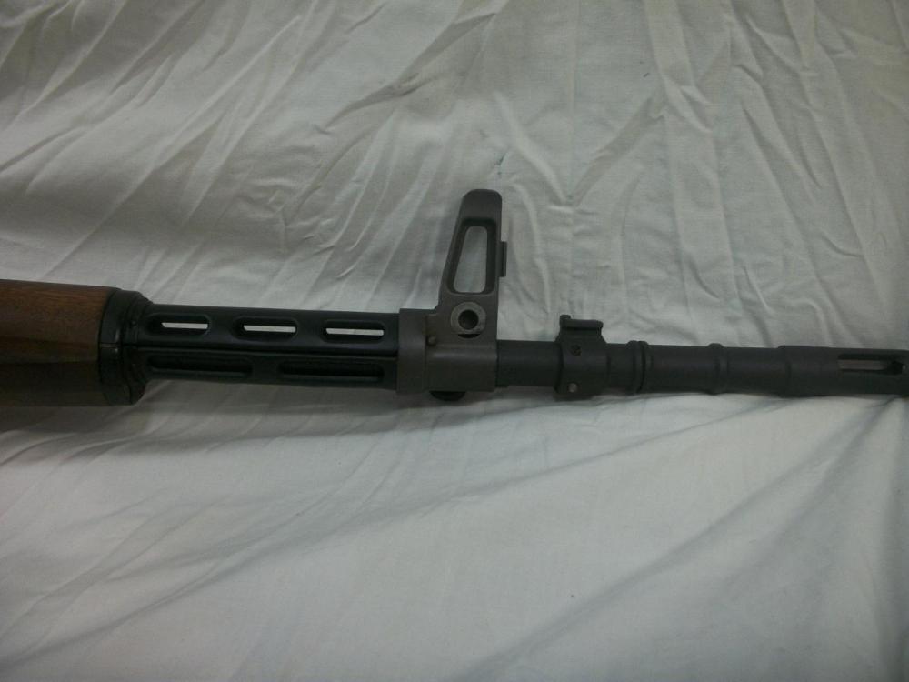 AR-10-12.JPG