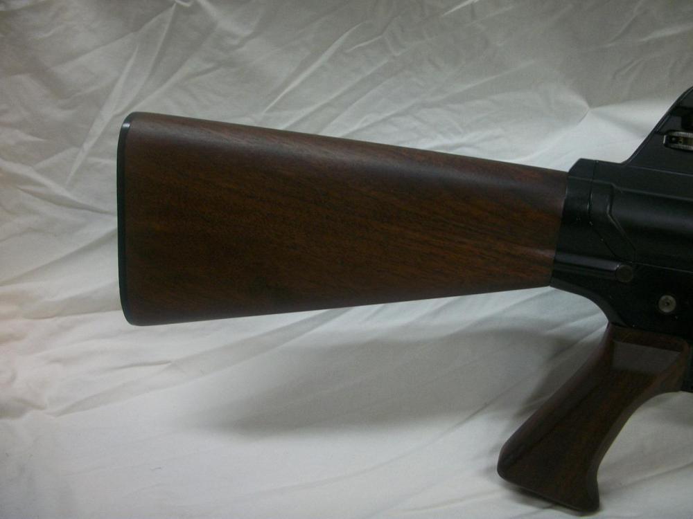 AR-10-8.JPG