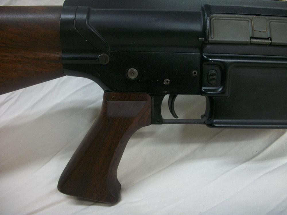 AR-10-9.JPG