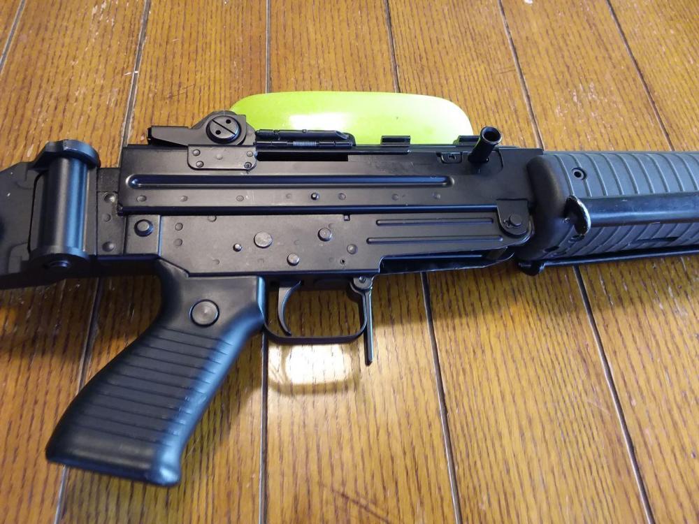 AR70 4.jpg