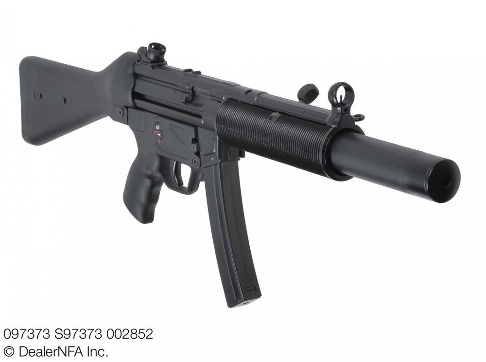 097373_S97373_002852_HK_MP5_MP5SD2 - 03@2x.jpg