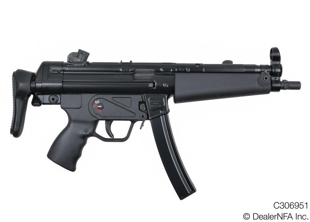 C306951_Heckler_Koch_MP5A3 - 01@2x.jpg