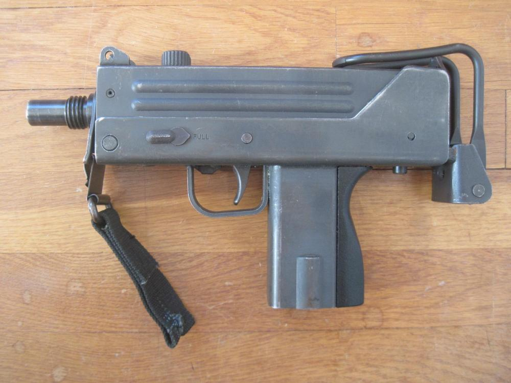 LS View w-2 Mags.JPG