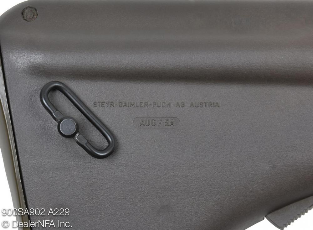 900SA902_A229_Qualified_Manufacturing_AUG - 005@2x.jpg