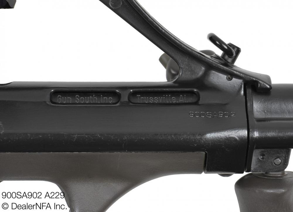 900SA902_A229_Qualified_Manufacturing_AUG - 006@2x.jpg
