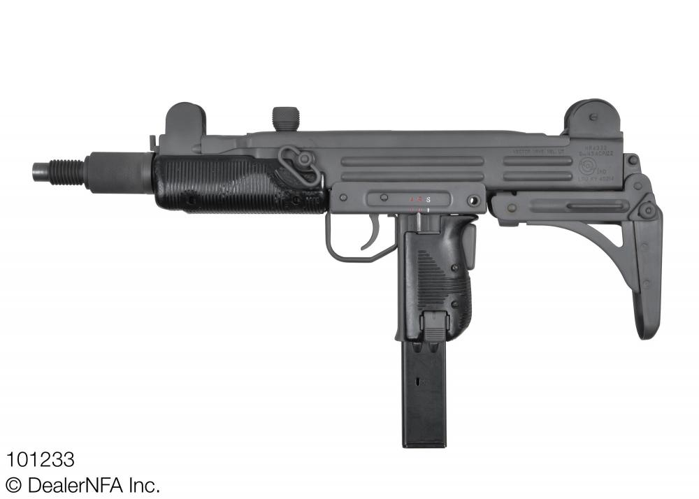 101233_Group_Industries_Vector_UZI_HR4332 - 002@2x.jpg