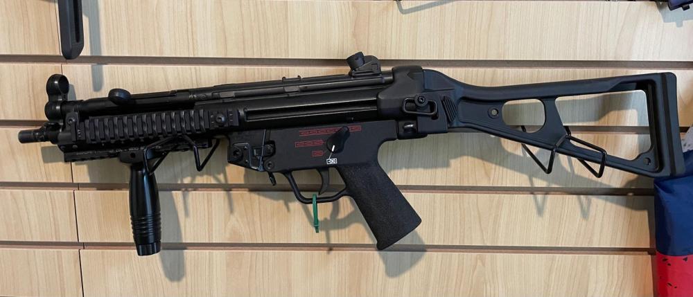 HK MP5 SBR FLEMING SEAR0161.jpg