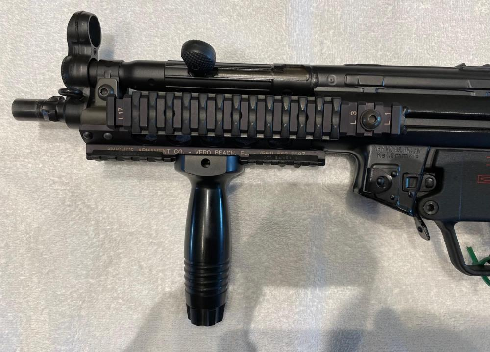 HK MP5 SBR FLEMING SEAR0172 (1).jpg