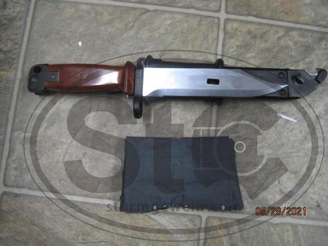 AKM Bayonet & cleanning kit $25 shipped.JPG
