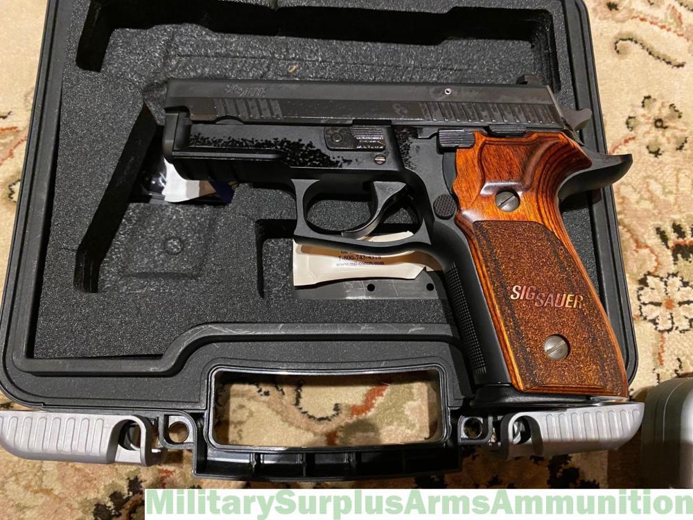 Sig P229R left.jpg