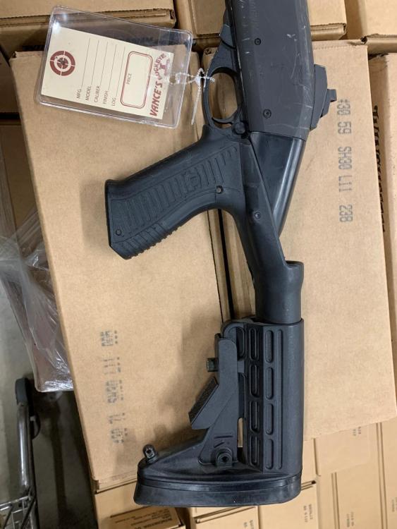 Remington 870 SBS 2.jpg