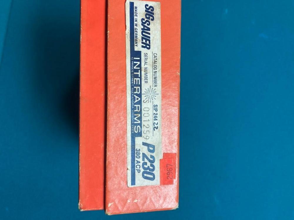 SIG P230 box end.jpg