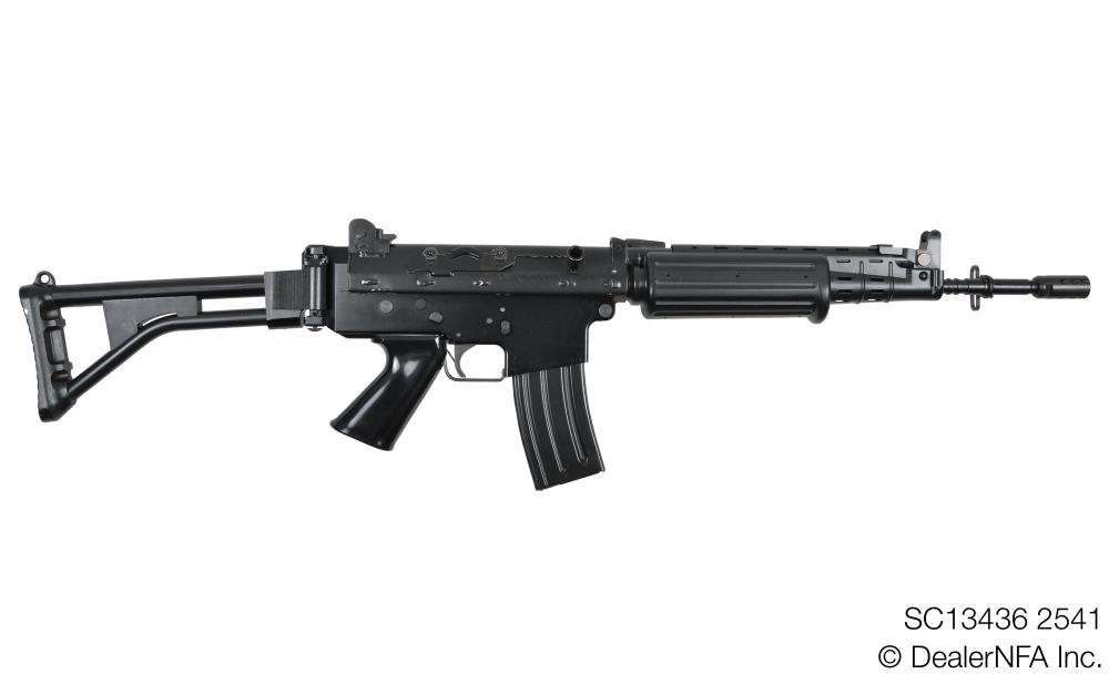 SC13436_2541_FNC_SH_Arms - 001@2x.jpg