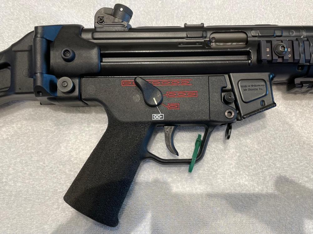 HK MP5 SBR FLEMING SEAR0168.jpg